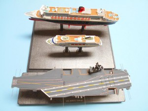 USS-Nimitz-1-1200th-Scale-Sept-2015-0050 008-w-QM2-Aida-top-s