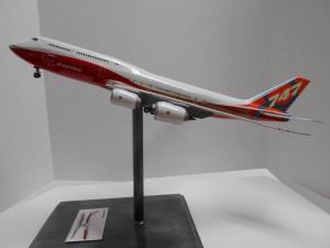 747-8 Orange-Plane-0134 007