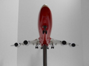 747-8 Orange-Plane-0134 008