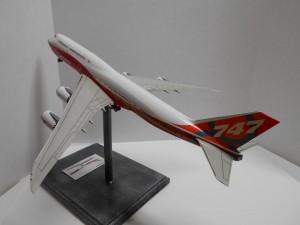 747-8 Orange-Plane-0134 016