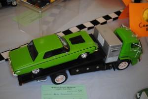 Dodge 800 Ramp Truck