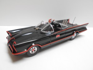 Batmobile-1-25th-Scale-0050-Good-01