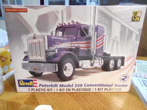 Dump-Trailer-Peterbilt-1-25th-0020 003-Box-02-March-2016