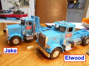 DumpBed-Custom-Peterbilt-1-25th-0050 030 025-Jake-Elwood