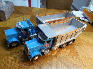 DumpBed-Custom-Peterbilt-1-25th-0050 030 032