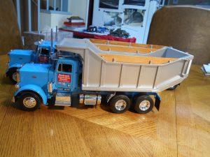 DumpBed-Custom-Peterbilt-1-25th-0050 030 034