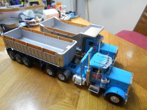 DumpBed-Custom-Peterbilt-1-25th-0050 030 035