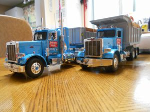 DumpBed-Custom-Peterbilt-1-25th-0050 030 037
