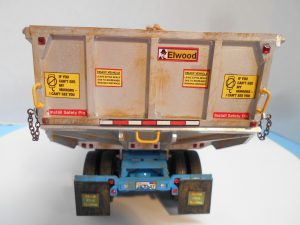 DumpBed-Custom-Peterbilt-1-25th-0050 044 091