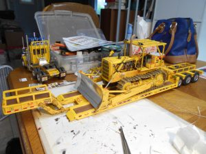 AMT's Re-Release of the 1/25th Scale D8 Caterpillar